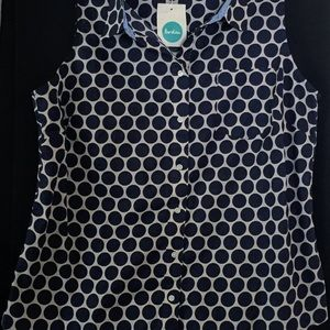 NWT Biden Sleeveless Button Down Top
